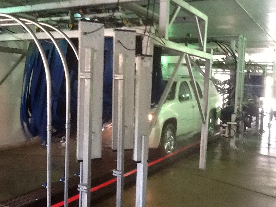 Car Wash Atlanta: Tunnel Car Wash - Atlanta